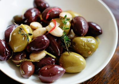 warm-mixed-chilli-olives-and-almonds-35752-1